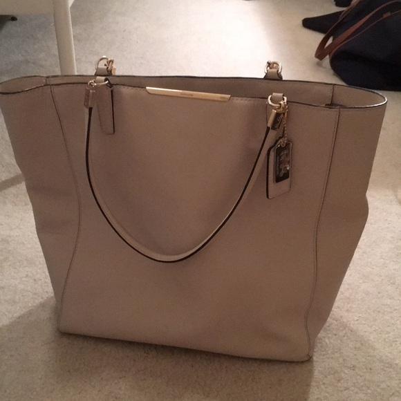 ... canada coach tote cream leather with gold accents 30cde a18ed 8ece0b43ae1b0
